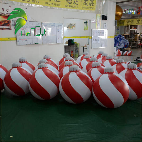 Outdoor Inflatable Christmas Decorations Ball / Hanging Inflatable Christmas Snowman Ball