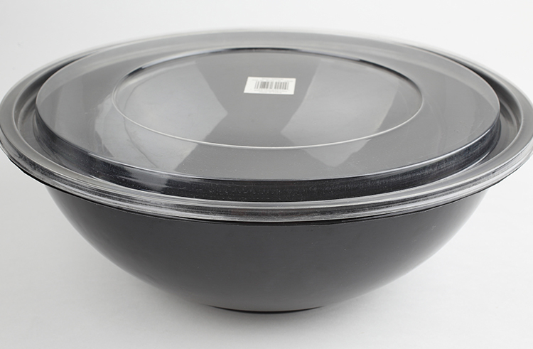 Disposable round plastic salad bowl with lid