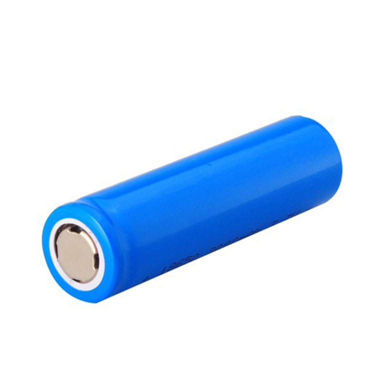 Good quality Battery Cell 18650 2000mAh 3.7V 7.40W Lithium Ion Battery Testing
