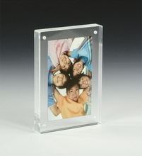 BOK117 4 x 6 Acrylic Double Sided Magnetic Picture Frame for Tabletop