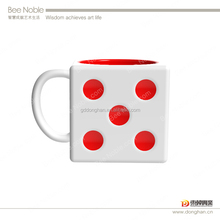 Hot selling unique custom porcelain dice shape mugs for coffee