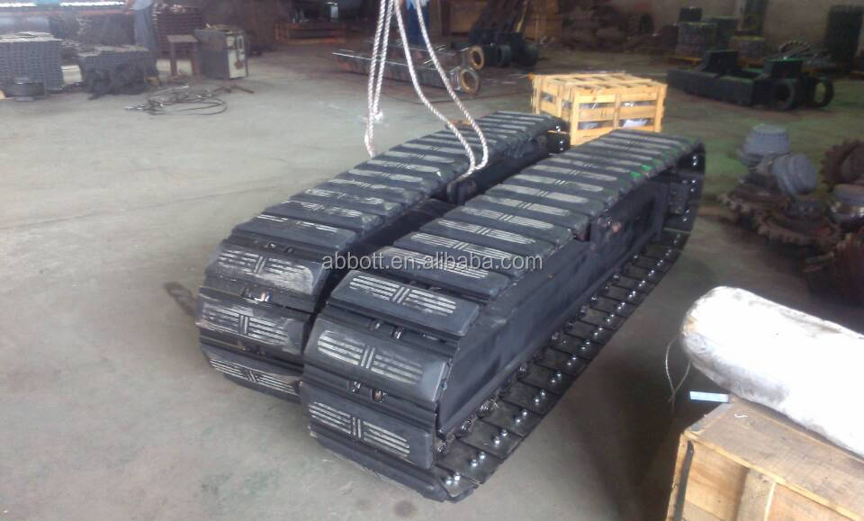 Tota weight 9T crawler undercarriage steel track chassis with rubber pads installed