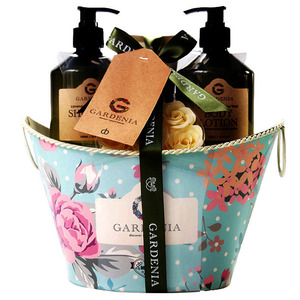 Wholesale newly beauty tin box packing shower gel and body lotion body bath gift set