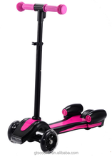 New three wheeler kids rocket scooter with LED light