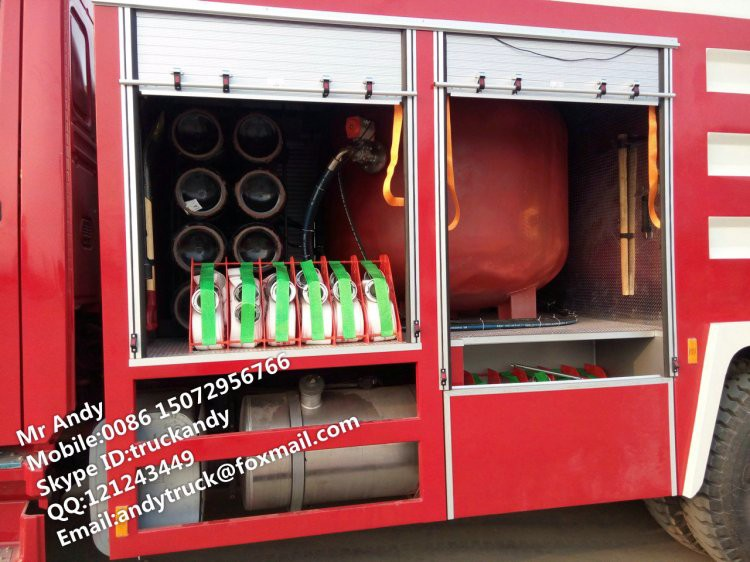 HOWO 6x4 dry powder foam combined fire fighting truck
