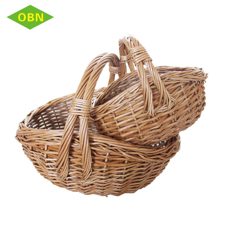 Set of 2 hand woven natural wicker material gourmet baskets