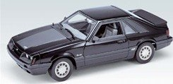 model car-Welly 1986 Ford Mustang GT - Black