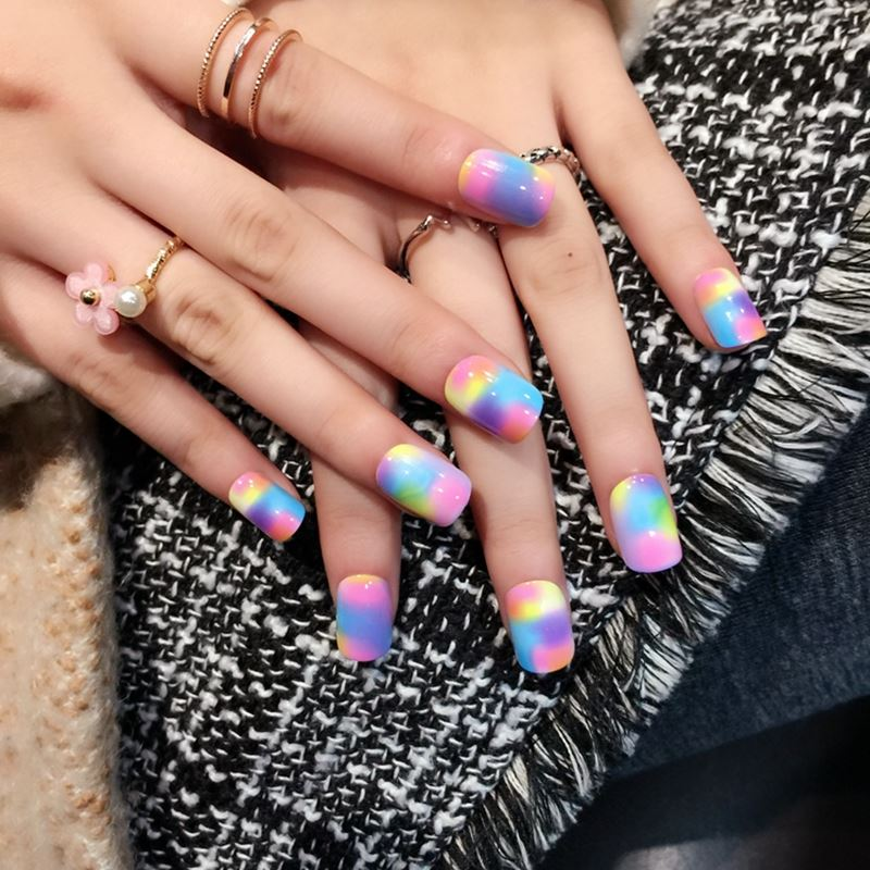 Sexy Leopard Short Fake Nails Rainbow Candy Press On Nail Flat Colorful Art Tips 24pcs with Glue Sticker Z368