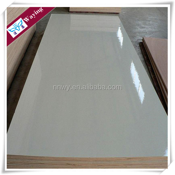 STANDARD 4'X8' SIZE 18MM MELAMINE FACED BIRCH PLYWOOD
