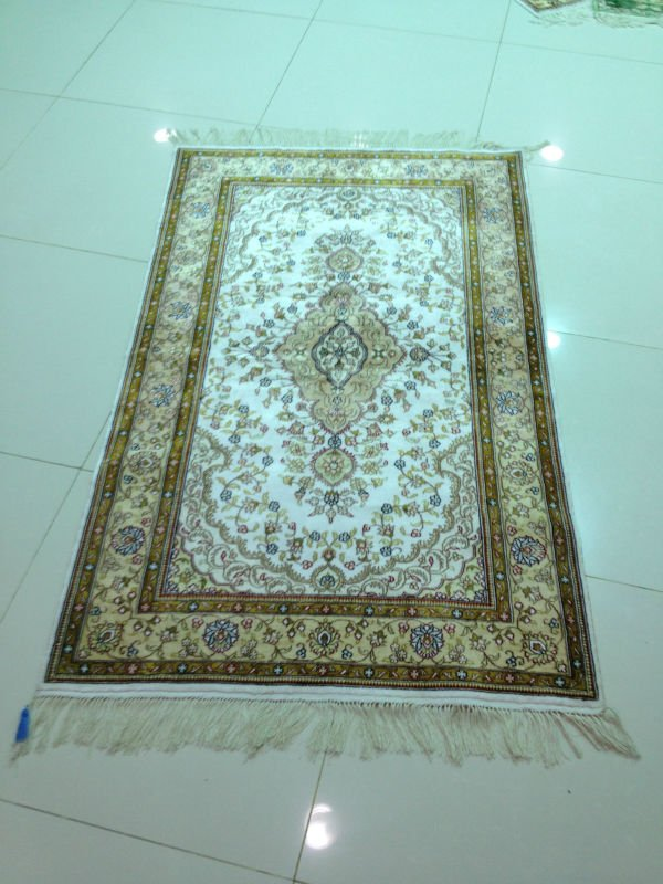 carpets silke hand made