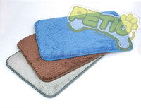 Super Absorbent and Antimicrobial Microfiber Pet Mat