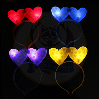 Cheap Funny And Popular Flashing Christmas Headband 2018 Adult Party Favors LED Headbands Manufacturer China