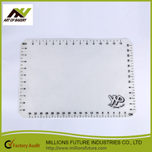Wholesale stylish colorful kitchen silicone baking mat with good quality