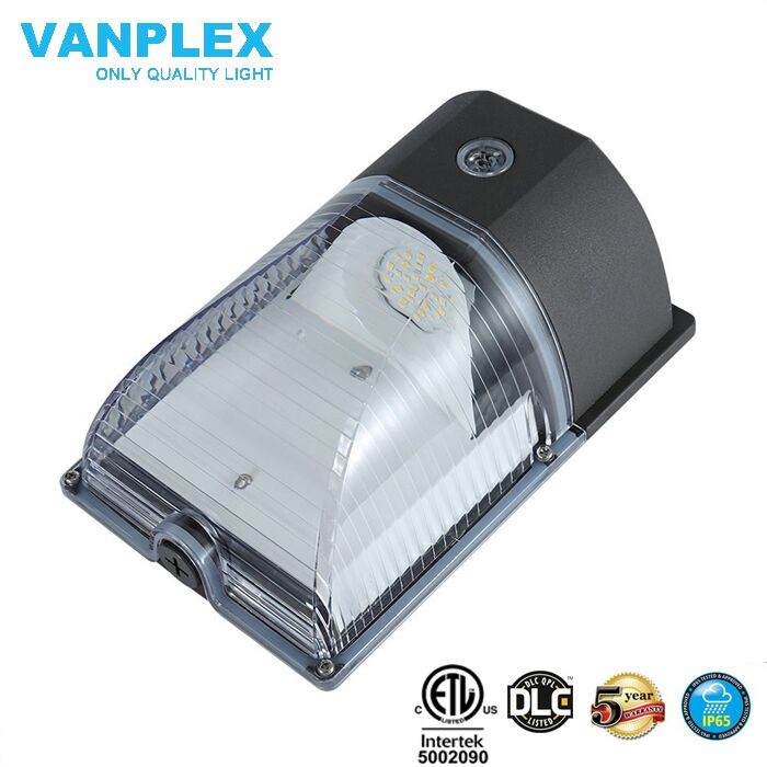 Vanplex $18.53 for LED wall pack light 25W with 5 years warranty