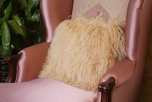 new style decorative super quality eco-friendly tibet sheepskin throw pillow china manufacturer