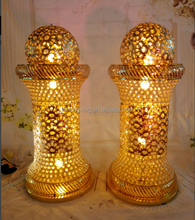 ligthed LED wedding columns used for wedding hall decorations