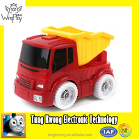 2016 new cheap plastic baby toy car with light