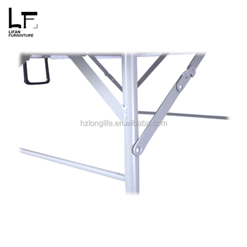 Plastic Folding Round Outdoor Table and Powder-Coated Steel frame