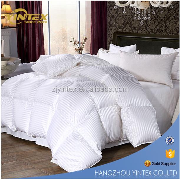 Puredown Super White Down Comforter Duvet Insert 100% Cotton 700 Fill Power, King Size, White