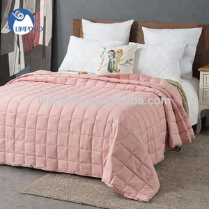 Factory direct sale new arrivals microfiber polyester solid color light weight blanket