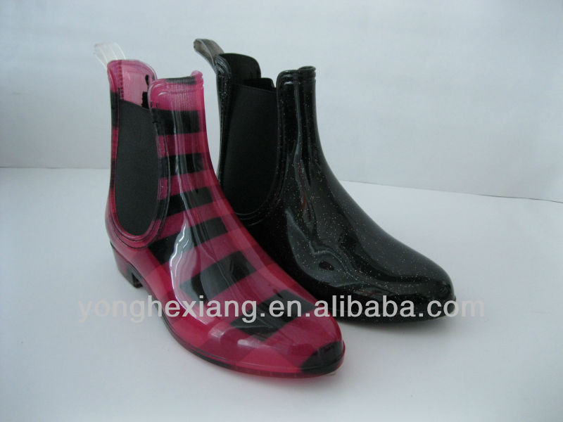 PVC Fashion Women Rain Boots with Casual Rain Shoes