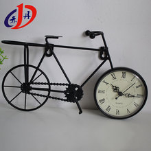 Popular among youths high grade european style iron art table decoration led digital clock