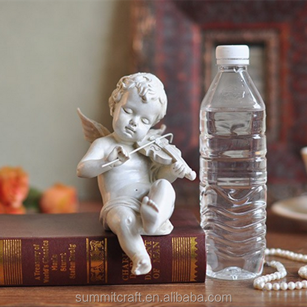 Polyresin european style Angel playing with violin