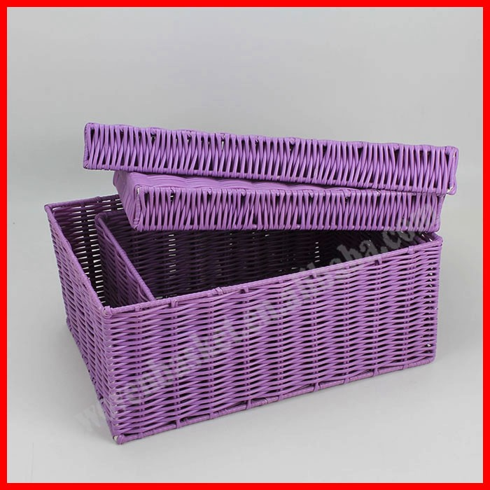 Handicraft plastic rattan basket with lid for storage
