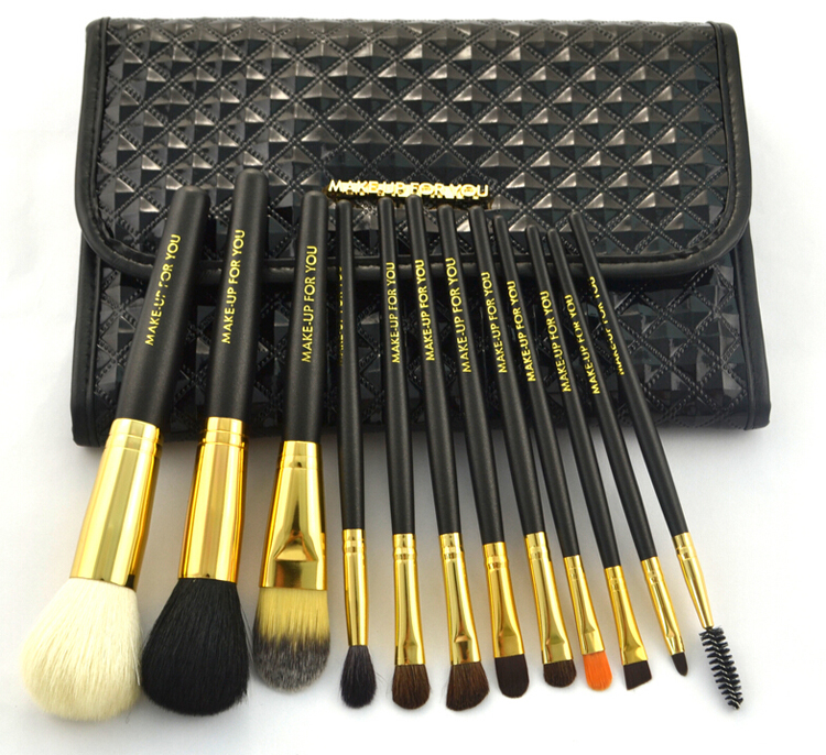 12pcs High Quality Natural Hair Cosmetic Brush Set With Luxury Brush Bag