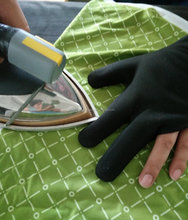 Ironing three fingers glove full style