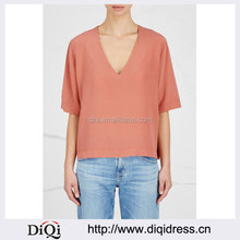 Wholesale Women Apparel Short Sleeves Front V-neck Rose Washed Silk Top(DQE336T)