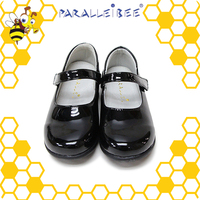 Attractive Designs non slip healthy shoes for girl child