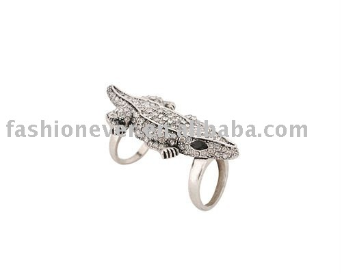 Rhinestone Gecko Hinge Knuckle Ring Fashion Crystal Animal Ring Jewelry