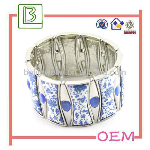 Chinese blue and white porcelain bracelet