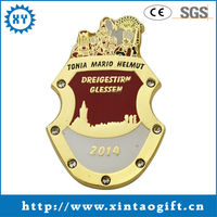 2013 Hot selling metal pin and buttons