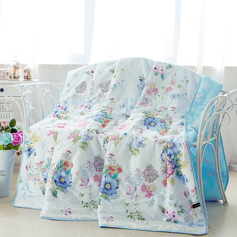 Hot sale air conditioner summer cool duvet/summer quilt