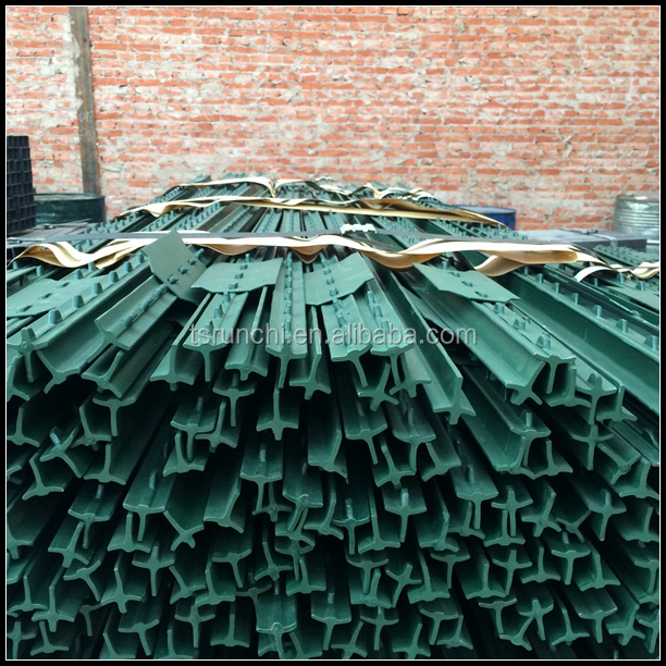 Factory wholesale USA type t fence post with 5 clips