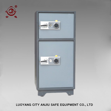 Mechanical lock metal box with key
