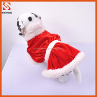 Professtional factory supplies new red velvet winter clothes of dog