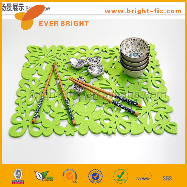2014 hotsell eco friendly laser cut felt table runner, home decoration table runner,damask table runner made in China