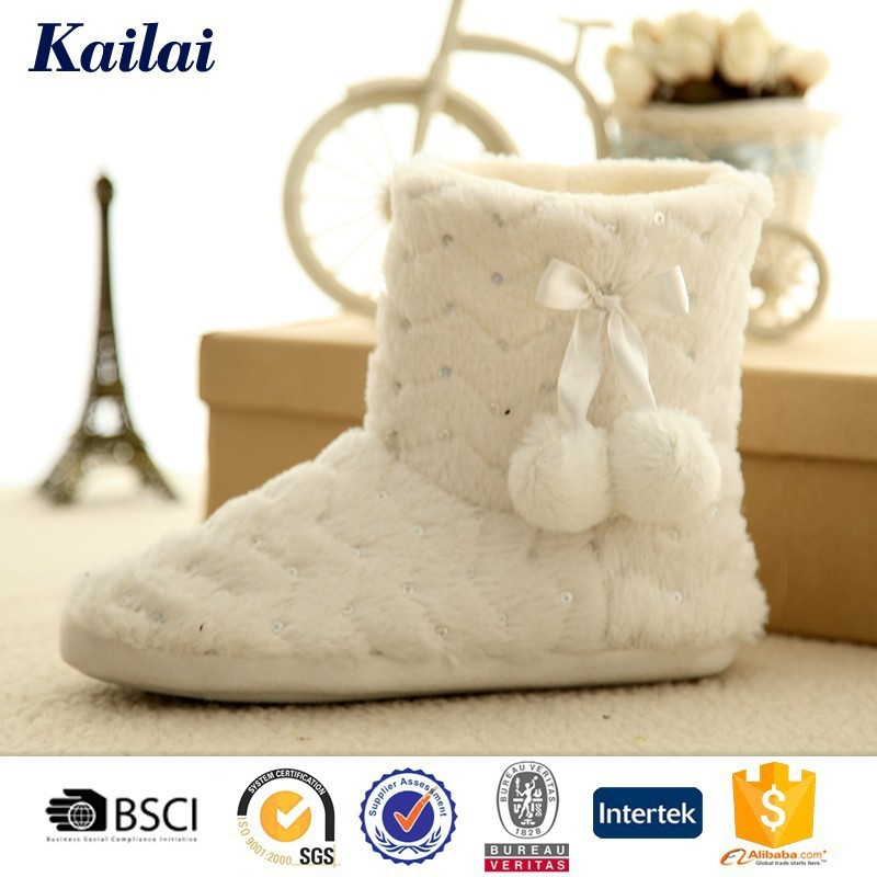 Faultless comfy sheep wool boots for women
