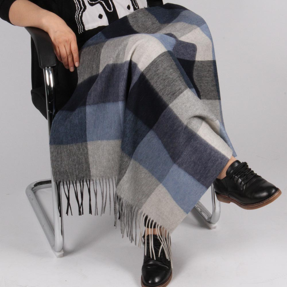 Knee Warmer Pure Wool <strong>Plaids</strong> Throw Fabric Blanket