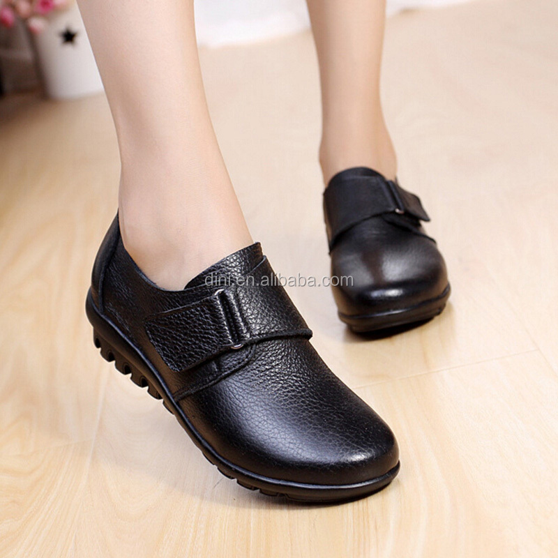 Plus Size 35 to 42 43 Women Flat Shoes Soft Genuine Leather Mother Shoes Comfort Casual Shoes Female Autumn Singles Women flats