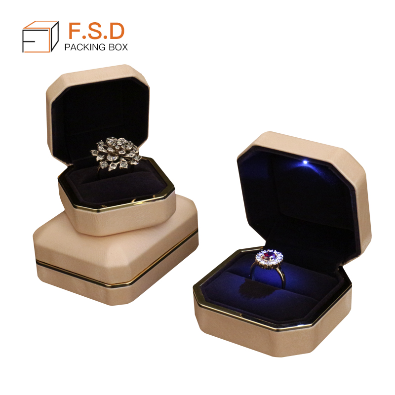 High quality LED light box ring jewelry luxury gift box for women
