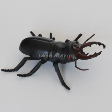 OEM eco-friendly promotion gift plastic simulation Beatles insect toys