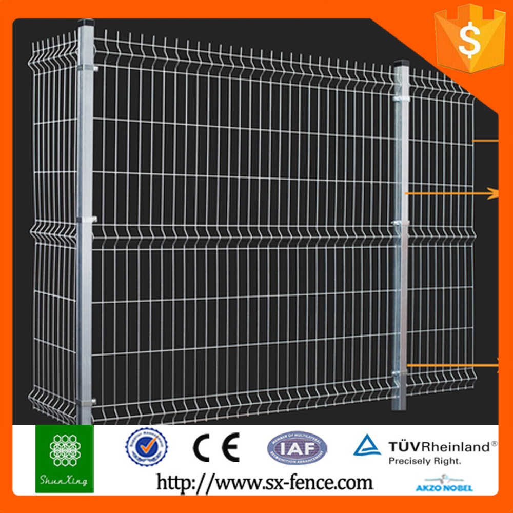 Beautiful grid wire mesh fence, pvc coated fence