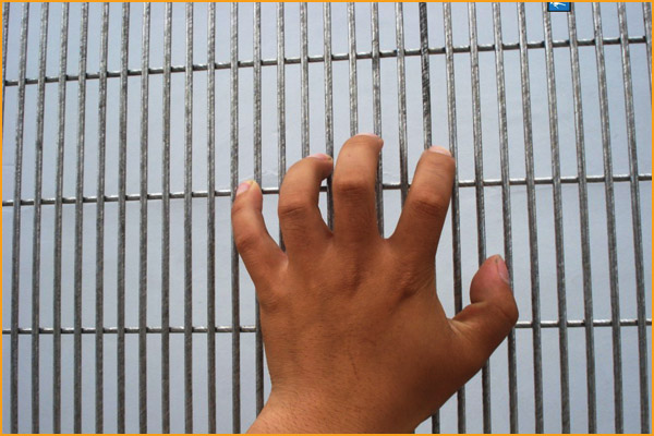 358 anti climb high security fence,358 security fence prison mesh,laser security fence