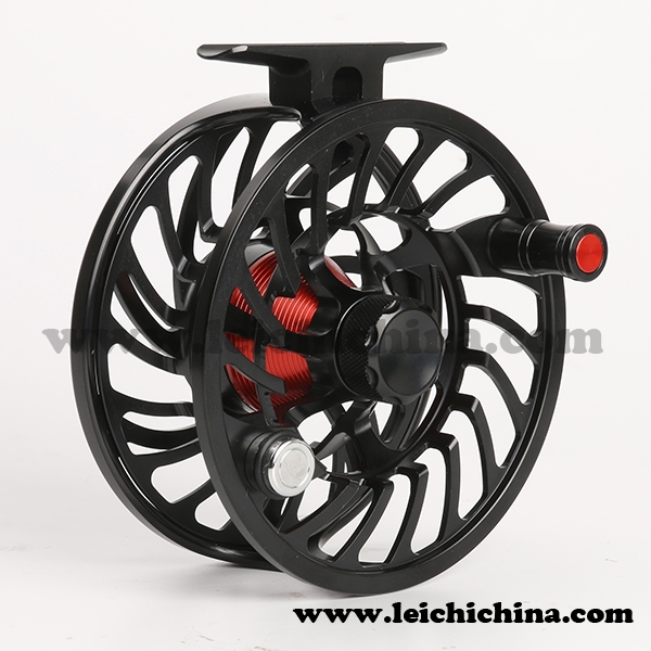 100% sealed saltwater fly fishing reel