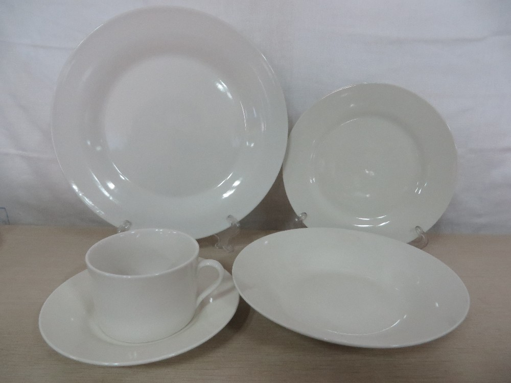 Chinese supplier 20pcs porcelain dinnerware sets in stock