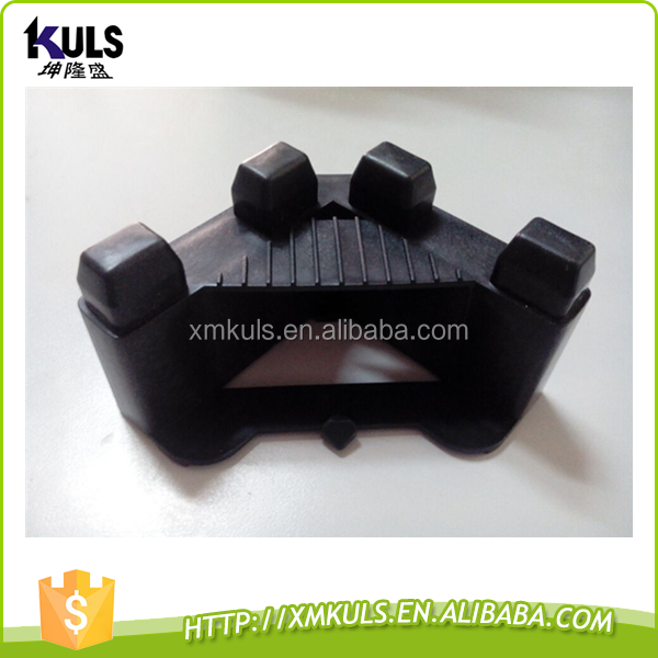 Plastic corner protector for photovoltaic cell board